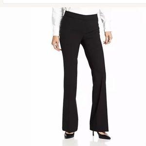 Elie Tahari Staight Leg Trouser Pants  Silk Blend